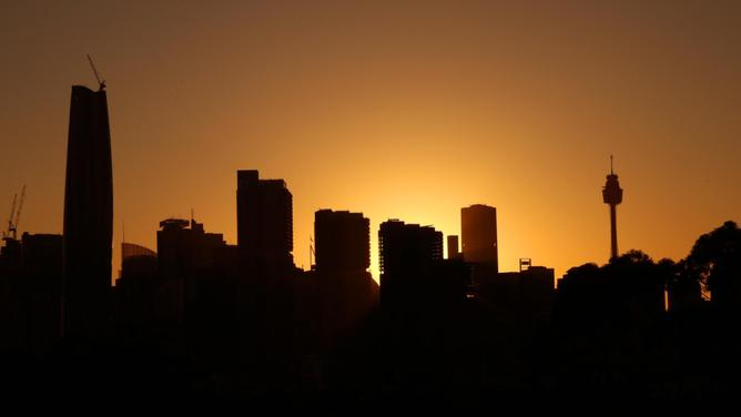 The sun rises ahead of a scorching hot weekend in Syydney.