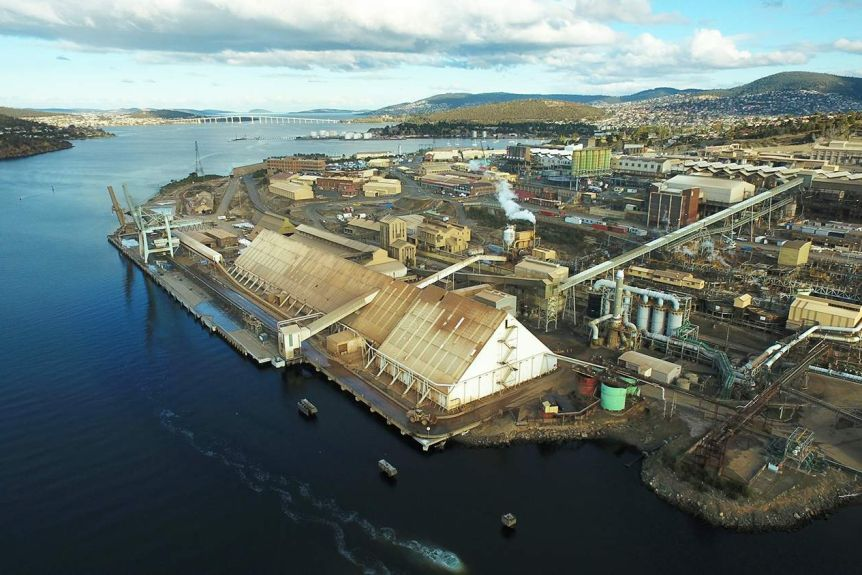 Nyrstar zinc smelter on River Derwent, Hobart, seen from the air.